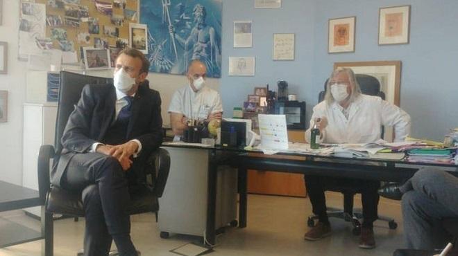 Chloroquine : Emmanuel Macron chez Didier Raoult