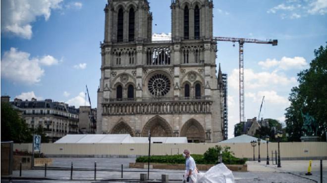 La France joue la carte du déconfinement progressif