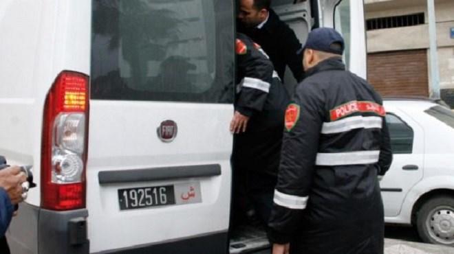 Dakhla | Interpellation de 2 individus pour possession de chira, de sceaux administratifs et de permis de conduire