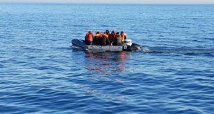 France | Sauvetage d'une embarcation avec 16 migrants dans la Manche