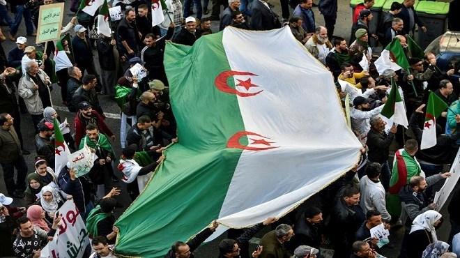 Hirak/ Algérie | Le régime traque ses opposants sur Facebook
