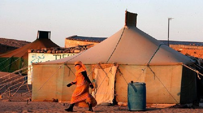 """La délégation par Alger de la gestion des camps de Tindouf au polisario est une """"violation"""" du droit international"""