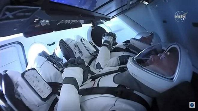 SpaceX | Lancement réussi pour les 2 astronautes de la NASA