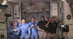 SpaceX Crew Dragon | Les 2 astronautes sont arrivés à la Station spatiale internationale
