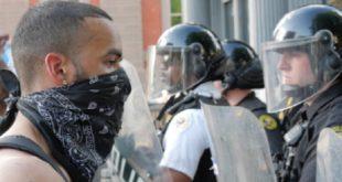 New York | Les manifestations se poursuivent malgré le couvre-feu
