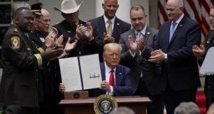 Mort de George Floyd | Trump annonce l'interdiction des prises d'étranglement