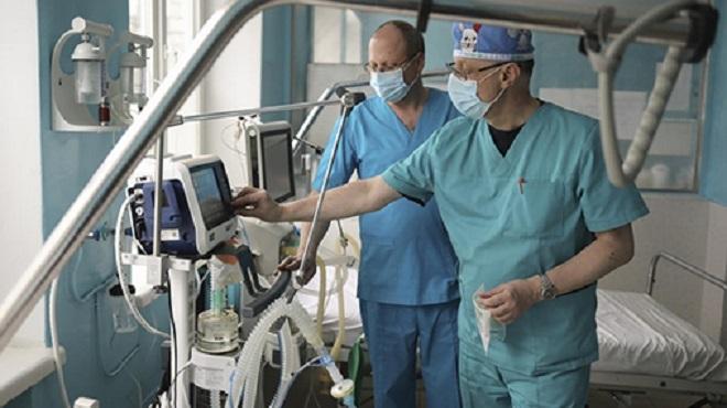 Ukraine/ COVID-19 | Plus de 5 000 médecins infectés par le coronavirus
