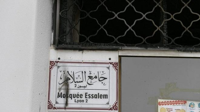 France | Tentative d'incendie dans une mosquée à Lyon