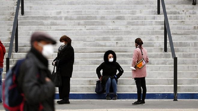 France épidémie Plus de 700.000 emplois salariés perdus