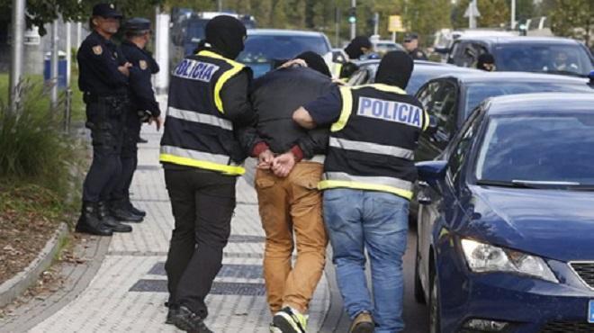Immigration clandestine démantèlement d'un réseau de passeurs algériens en Espagne