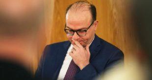 L'ex-chef du gouvernement tunisien Elyès Fakhfakh testé positif