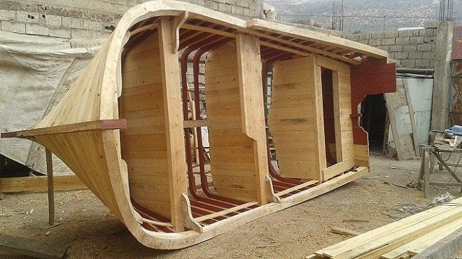 Où fabrique-t-on les barques non réglementaires