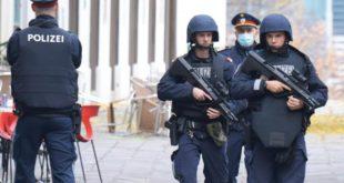 attentat-de-vienne:-deux-suisses-arretes-pres-de-zurich