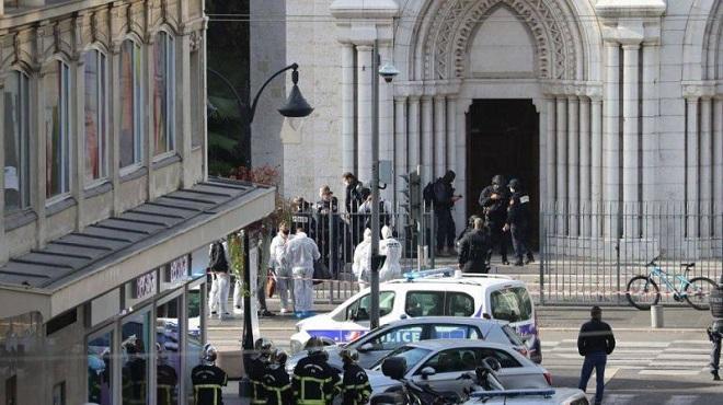 Attentat de Nice la santé de l'assaillant se dégrade cinq gardes à vue toujours en cours