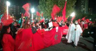 Imposante manifestation des Marocains pour dénoncer les actes criminels du polisario