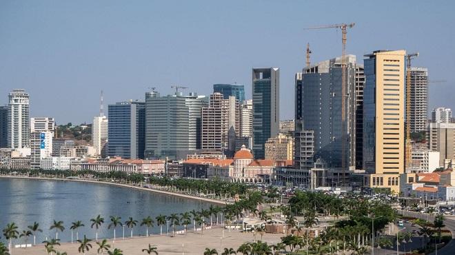 L'angola Va S'endetter De Plus D'1 Mm€