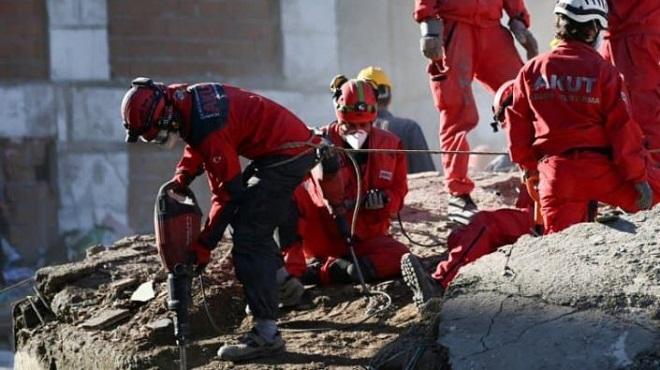 Turquie le bilan du séisme monte à 114 morts recherches stoppées