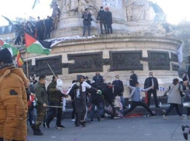 l'Algérie au Polisario 6