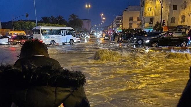Casablanca A Les Pieds Dans L'eau