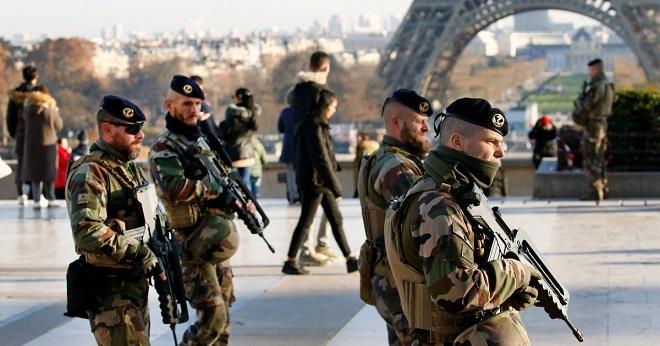 France,Armée,banlieue