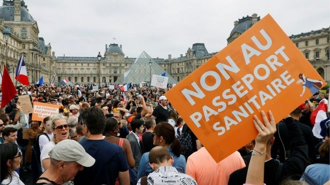 France,manifestants,pass sanitaire